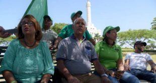 Marcha Verde instala campamento en Santiago a pesar de que la policía se le impidió ayer