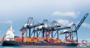 Industriales dicen hay muchas trabas para exportar