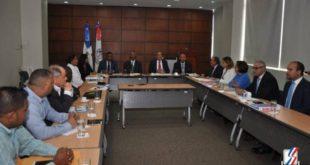 Empresarios se comprometen a presentar propuestas para modificación al Código Laboral
