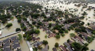 """Informe: """"Clima cambiante"""" intensifica los desastres en Texas"""