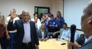 Juramentan nuevo director en el hospital Jaime Mota
