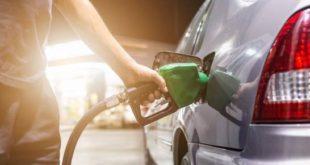 Aumentan RD$5.90 a los dos tipos de gasolina